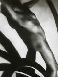 František Drtikol, fotografie z r. 1922 12,5 x 16,5 cm vydal Orbis 1965, zhotoveno v Sadské u Poděbrad (originál Howard Greenberon Gallery New York) nerámováno cena 1.200,- Kč