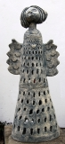 Ivana a Jan Bambasovi: Svítící anděl, zahradní keramika - kamenina, výška 105 cm, cena 14.500.- Kč